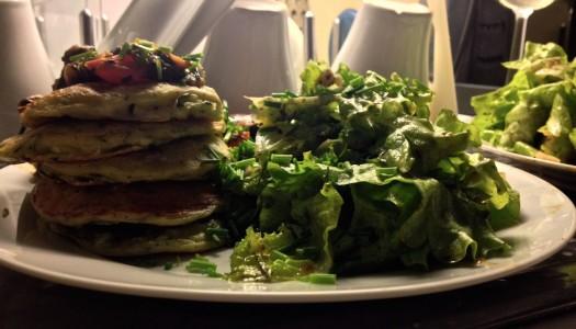 Zucchini Pancakes bringen den Frühling auf den Teller