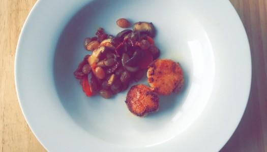 Jakobsmuschel mit Pilz & Rosine-Gulasch